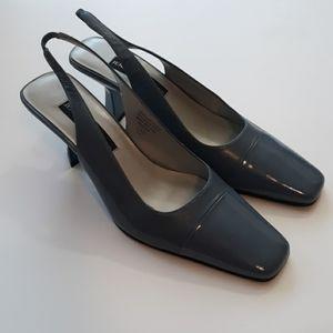 Jennifer Moore Smokey Blue Leather Heels 9